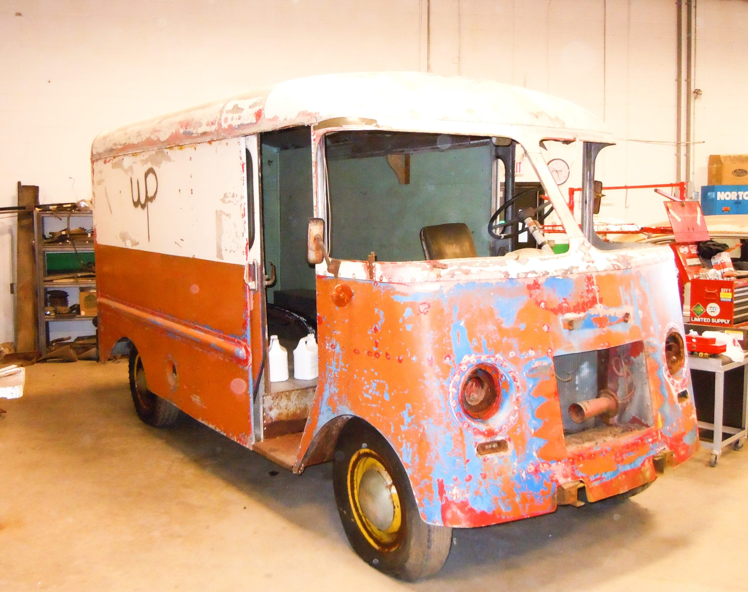 360 Fabrication 1951 Bread truck 4