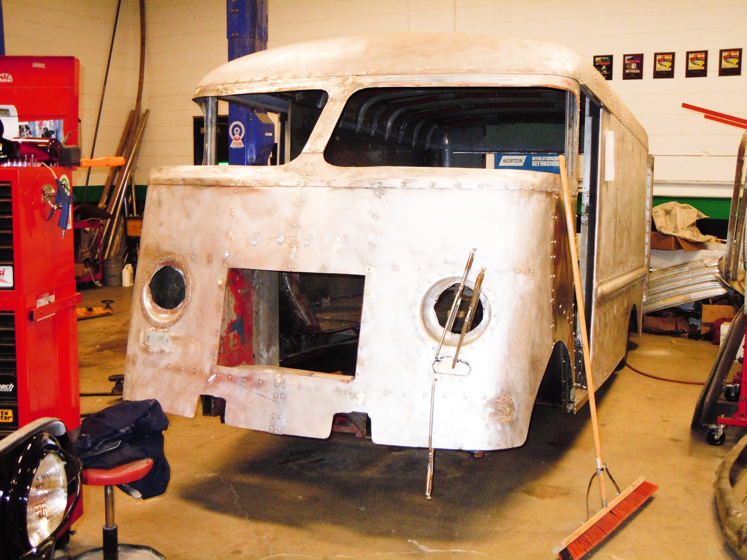 360 Fabrication 1951 Bread truck 5