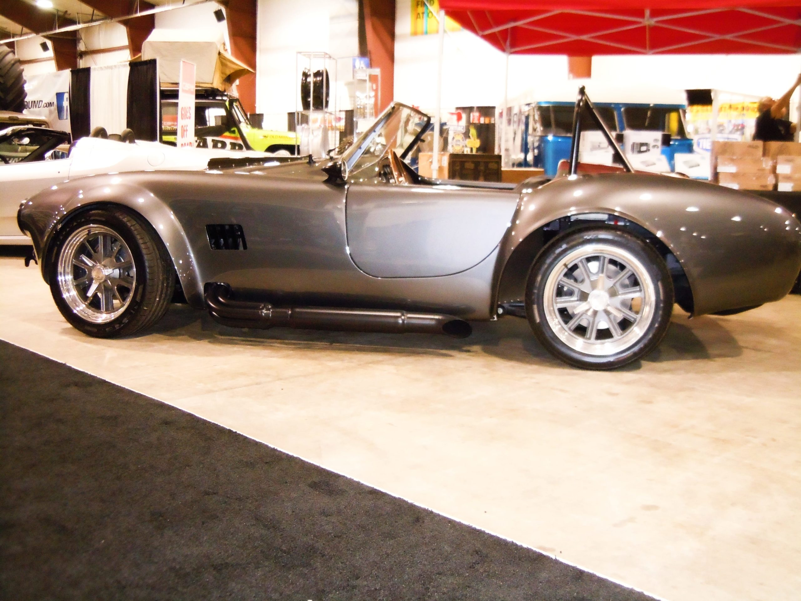 360 Fabrication 1965 Cobra 11