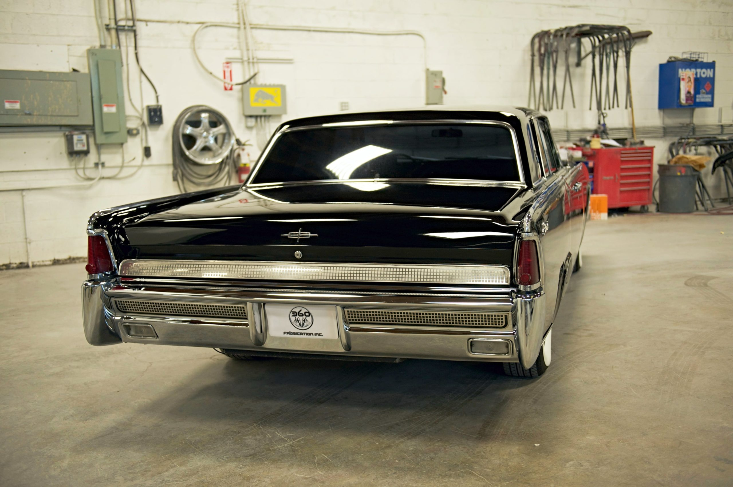 360 Fabrication 1964 Ford Lincoln 9